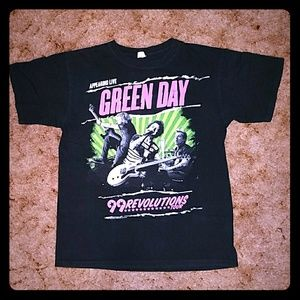 Green Day Concert Tour Dates T-shirt 99 Revolution